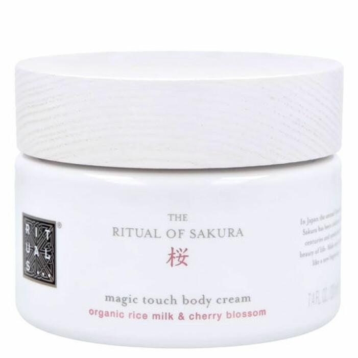 body cream från rituals