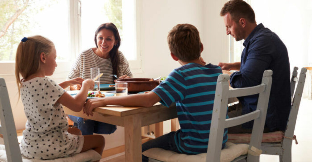 Släpp förväntningarna så blir det ofta trevligare stämning vid matbordet.
