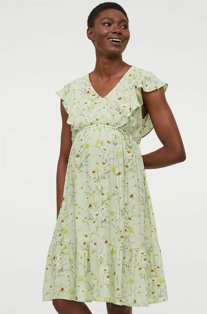 ljusgrön blommig gravidklänning