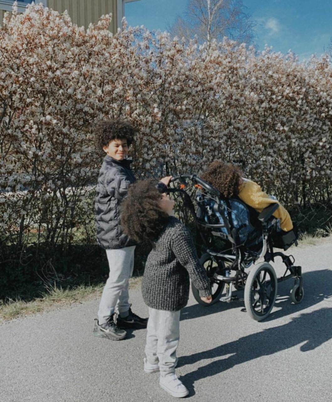 Isayah, 12, Eliyah, 10 och Elsa-Sorayah, 4