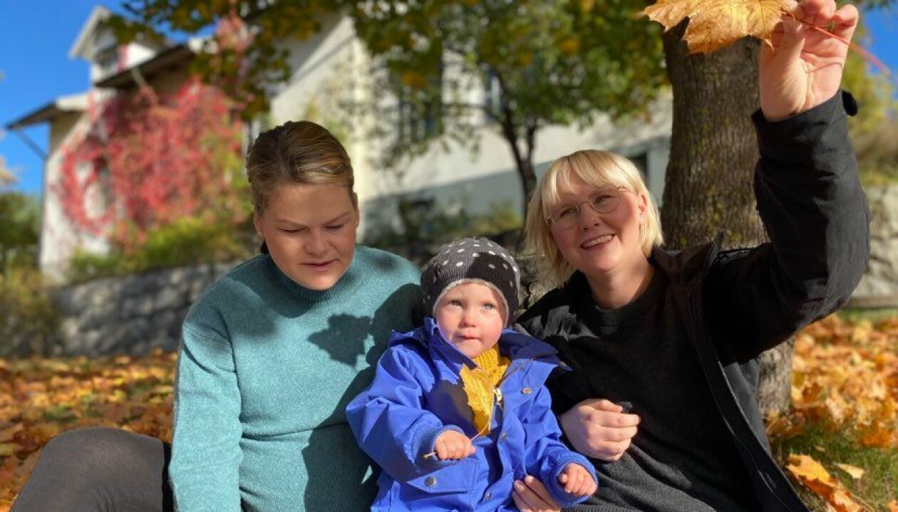 Josefine, Marta och Klara Sennerfeldt.