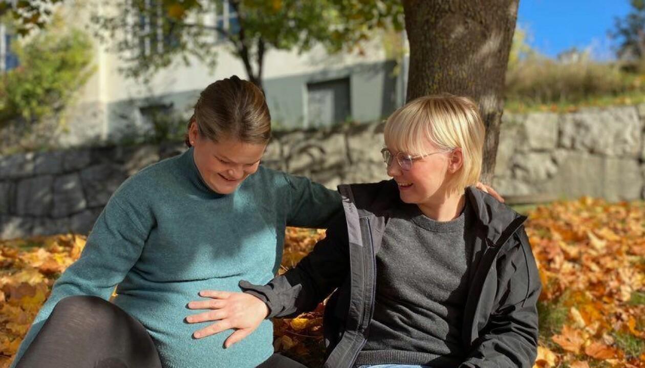 Josefine och Klara Sennerfeldt