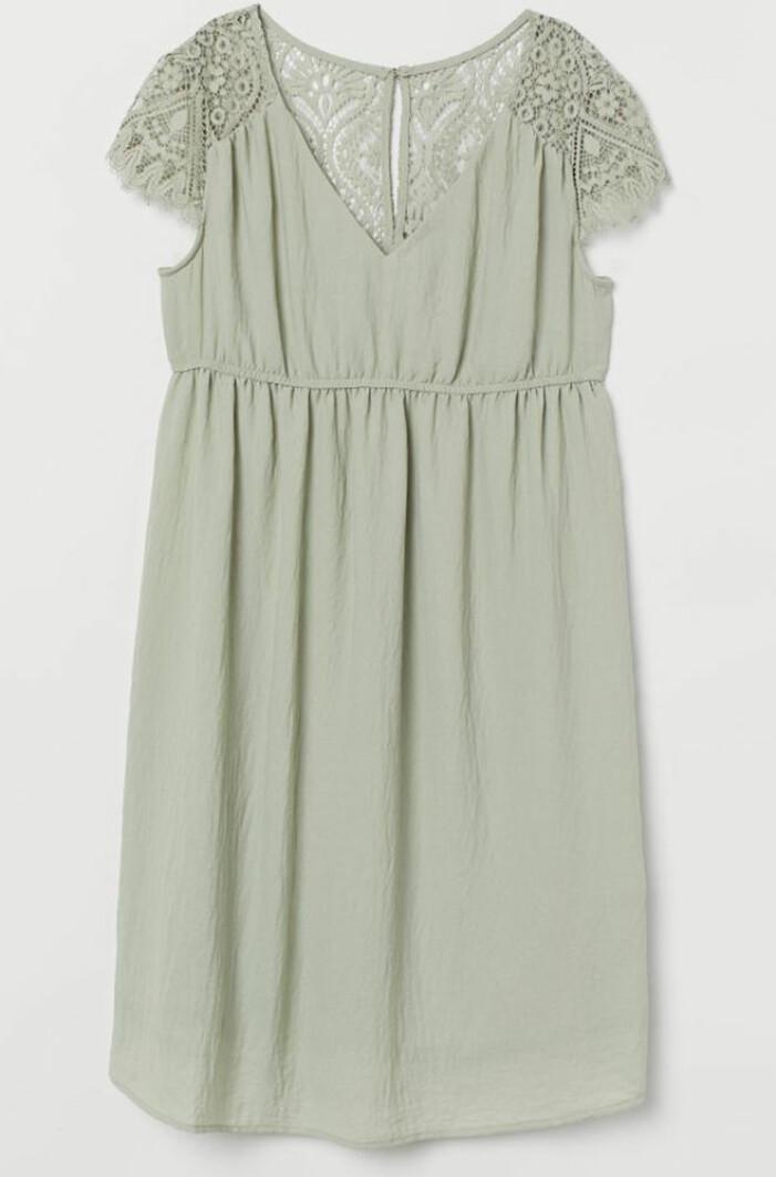 ljusgrön gravidklänning med spets