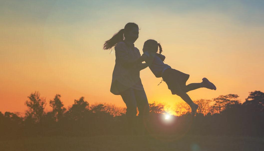Mor och dotter har det starkaste känslomässiga bandet enligt forskning.