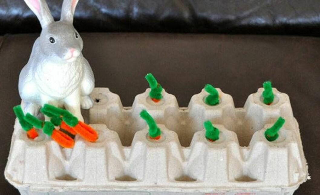 Påskpyssel med äggkartong. Det här påskpysslet passat perfekt för barn i förskolan.