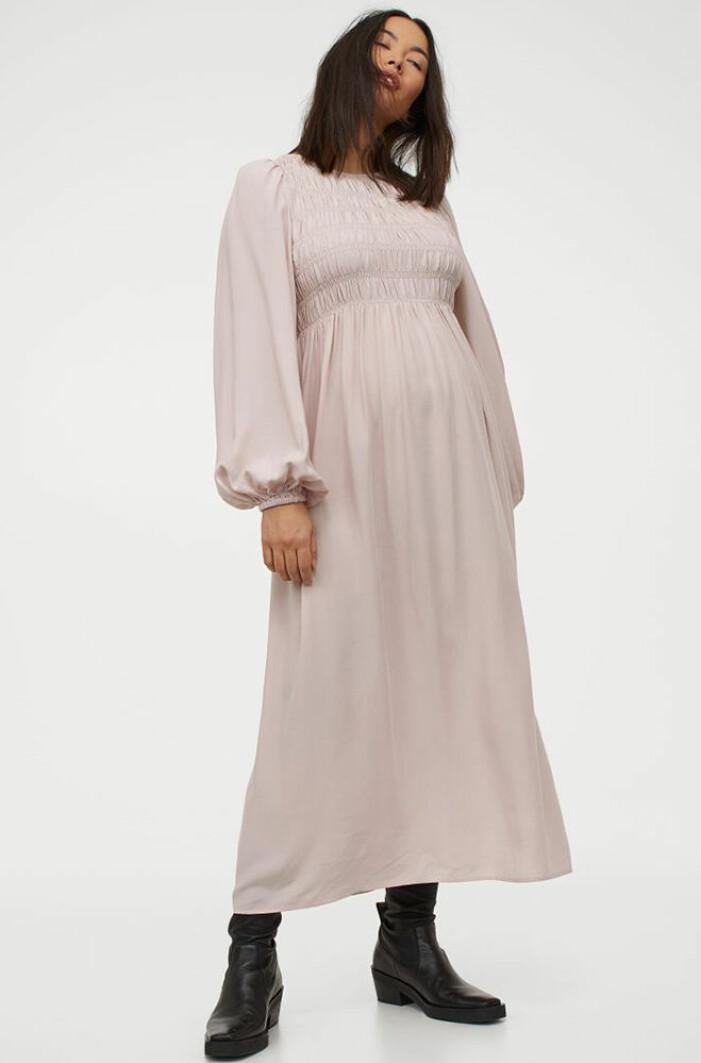 ljusrosa gravidklänning