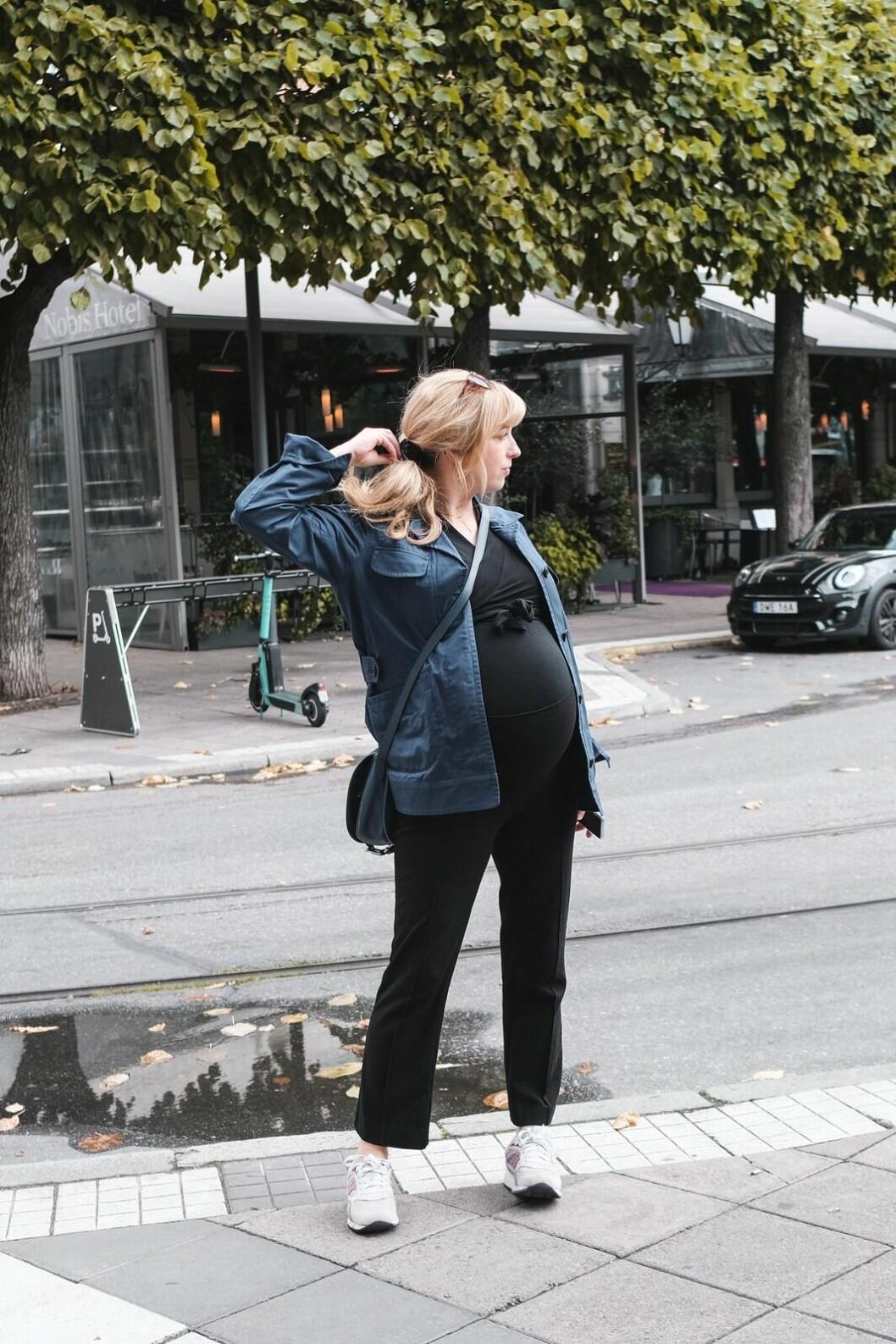 Sanda Beijer när hon ska bo på hotell i Stockholm med sin kille Björn Werner