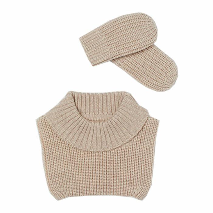 billiga och fina barnkläder - polokrage och vantar i ull från H&M