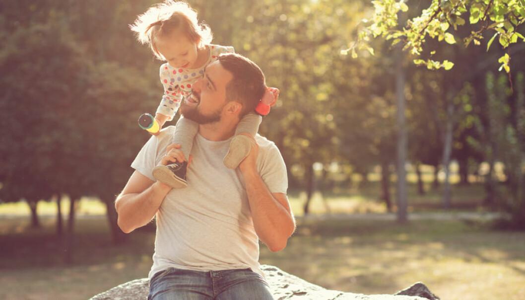 Fadern har också stor betydelse för barnets språkinlärning.