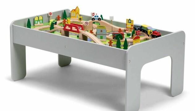 Tågbord från Jollyroom