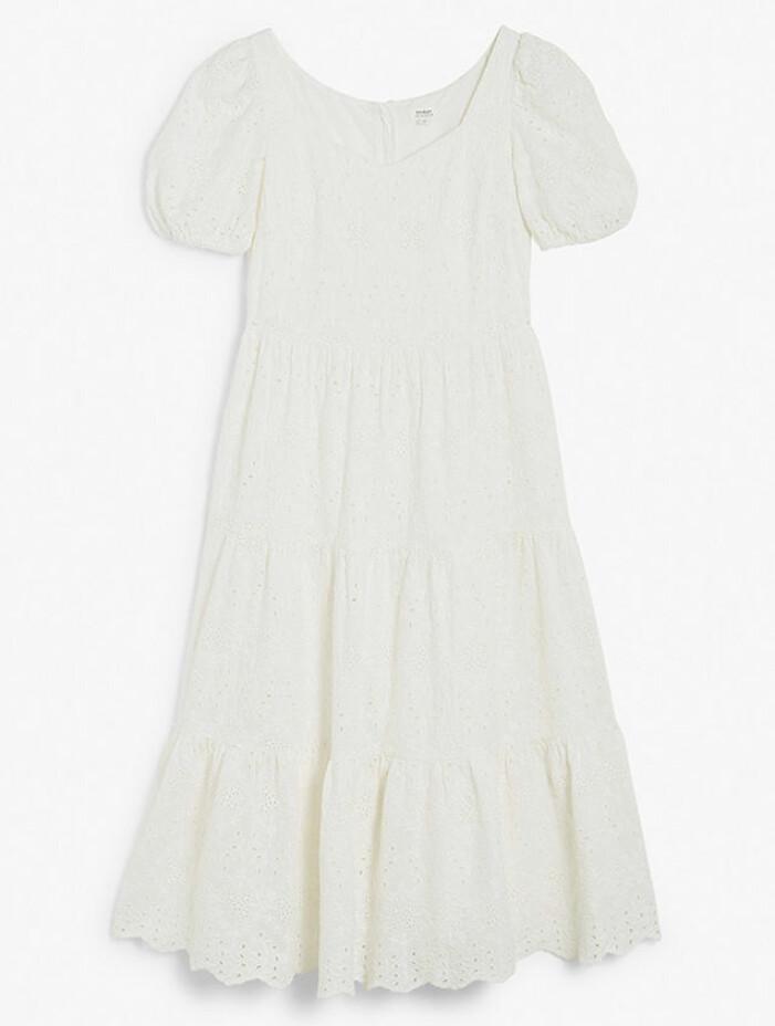matchande vita klänningar till mamma och barn sommaren 2021