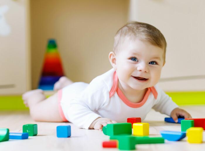barn språng utvecklingsfaser